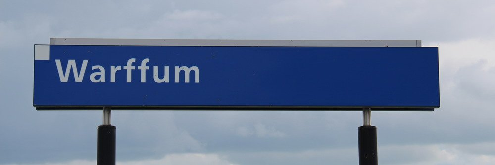 Stationsbord Warffum 8 juli 2015